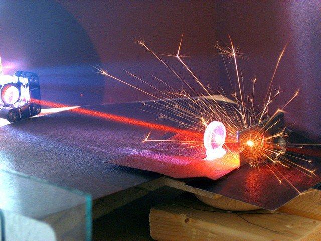 cach-xoa-hinh-xam-bang-laser-1