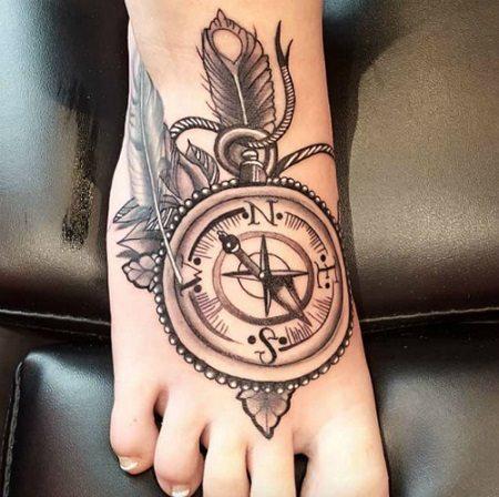 Hình xăm đẹp ở bàn chân