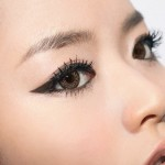 Xóa xăm mí mắt có gây hiện tượng rụng lông mi không?