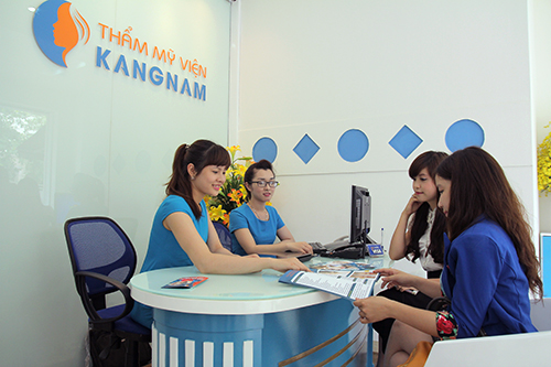 zoom-can-canh-quy-trinh-xoa-xam-moi-tai-tmv-kangnam43